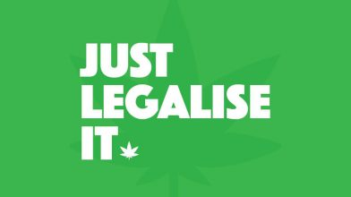 Australian Greens introduce bill to legalise cannabis for growing and recreational use