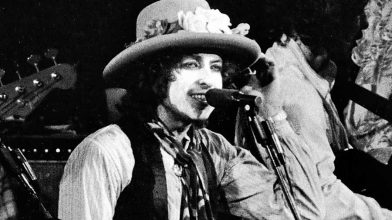 Bob Dylan is set to release Rolling Thunder Revue box set